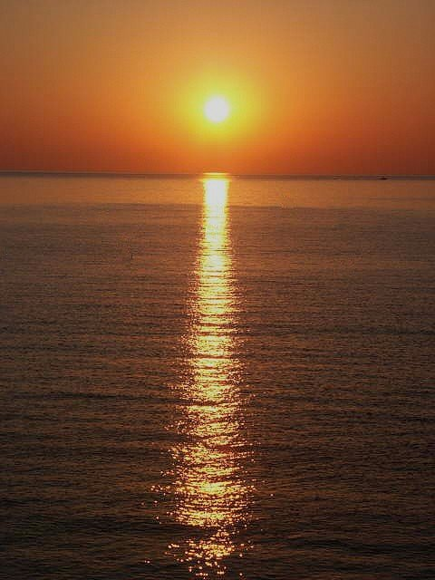 2005_08_21_lever_soleil_mer