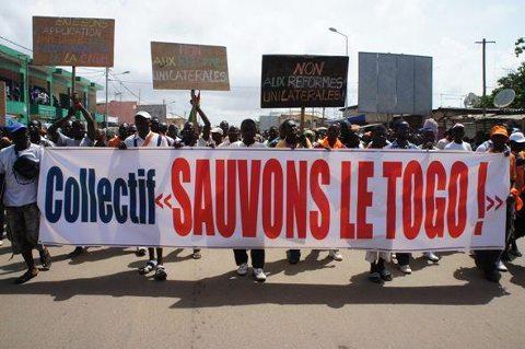 collectif-sauvons-le-Togo-@Togocouleurs.jpg-2