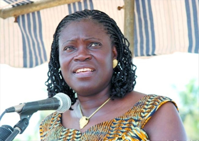 Simone%20gbagbo_micro