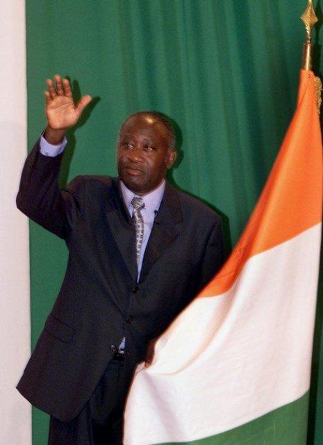 Gbagbo-serment-2000